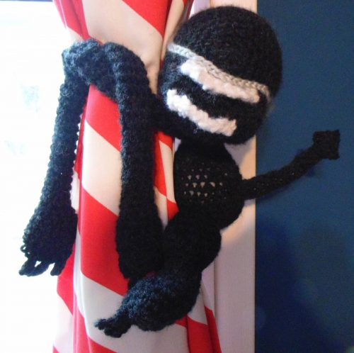 Crochet Alien Pattern Amigurumi Review for Cottontail and Whiskers by Joyce Lawrence