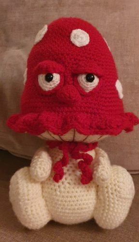 Huge Amigurumi Toadstool Crochet Pattern Review for Cottontail and Whiskers by Rhona Day